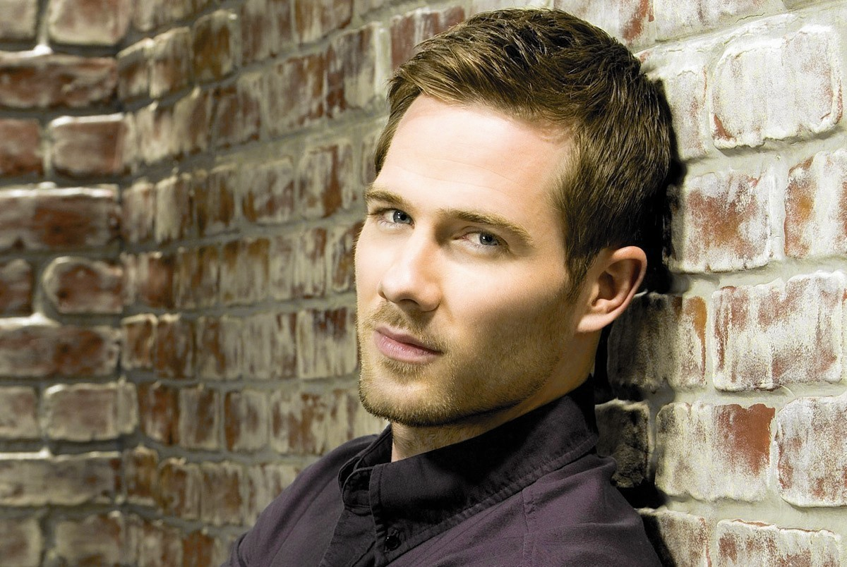 Hartford Stage Books Luke Macfarlane of TV's 'Brothers & Sisters' and ...