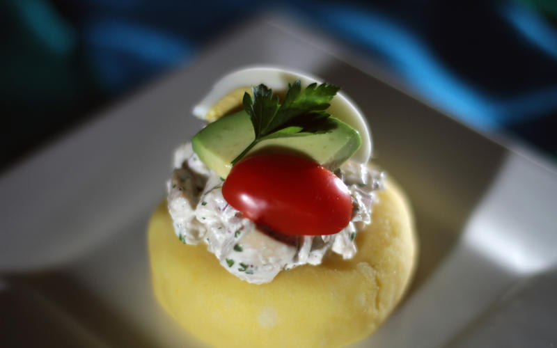 Causa limeña (Mashed potato patties with chicken salad)
