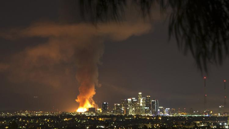 Fire in downtown Los Angeles