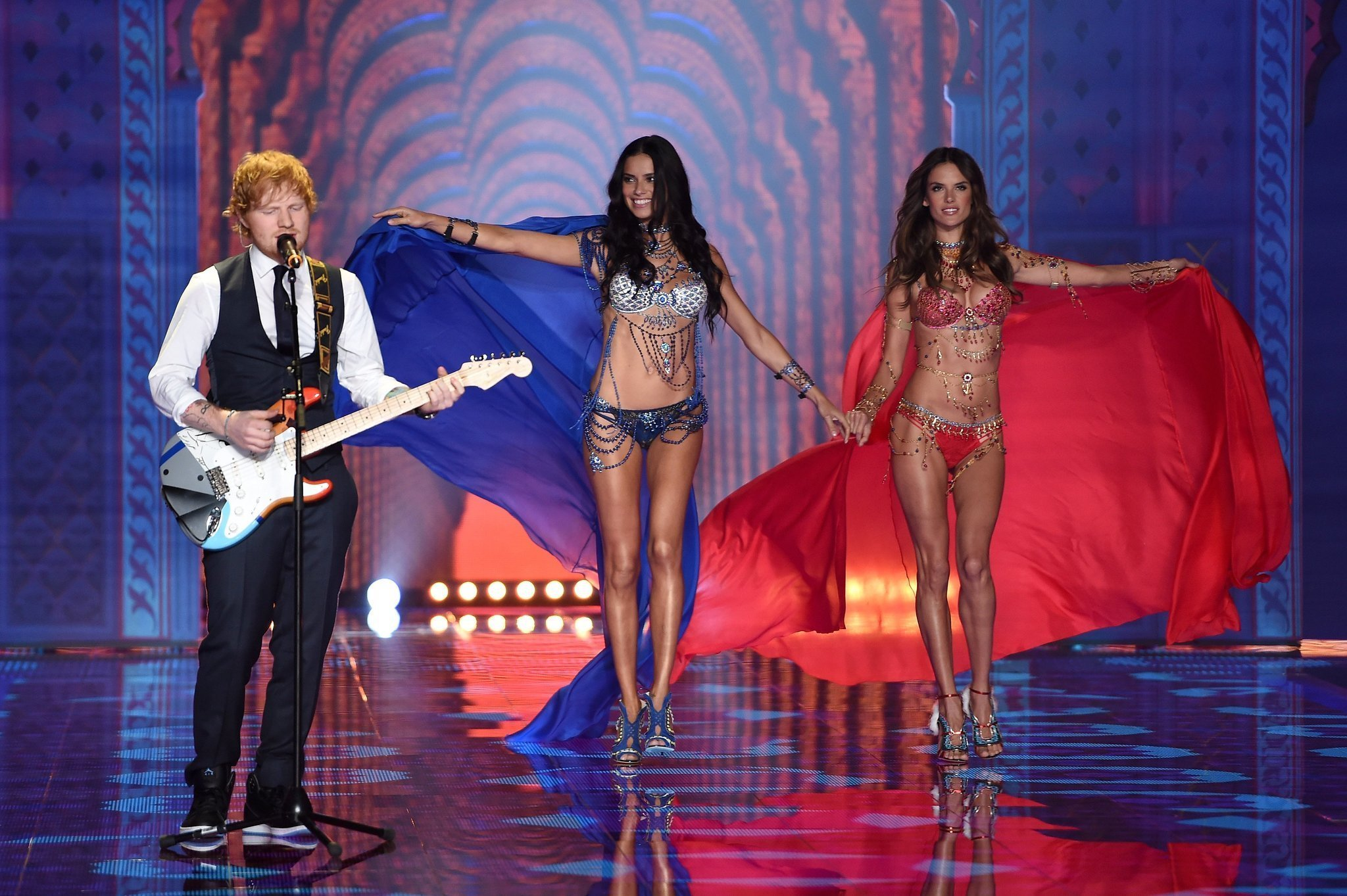 Victoria's Secret Fashion Show 2015 Ed Sheeran Ed Sheeran felt like a hobbit