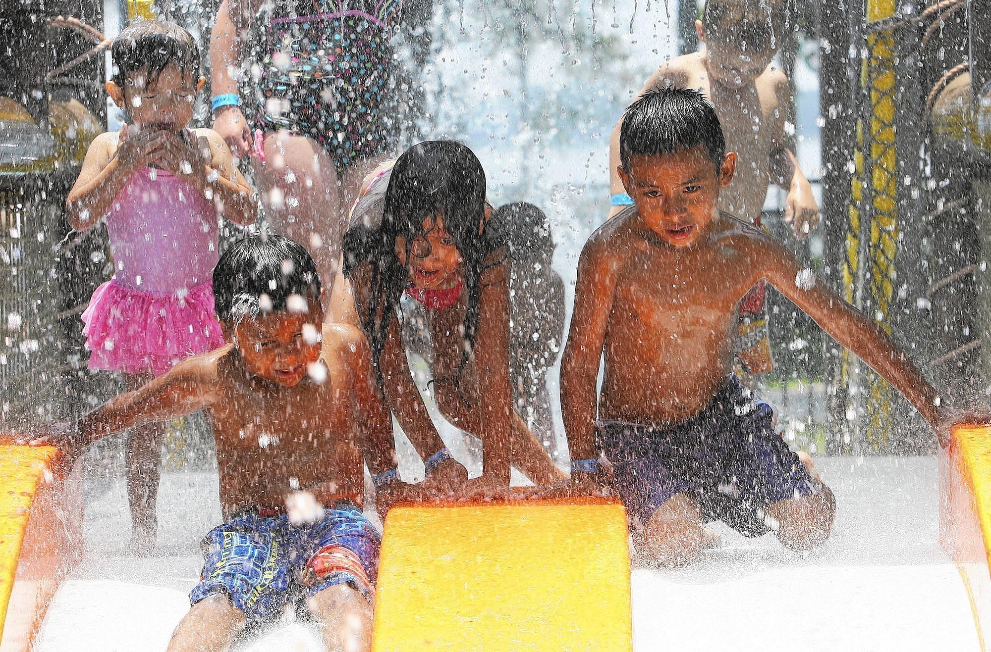 central florida cities dive into splash pads orlando sentinel