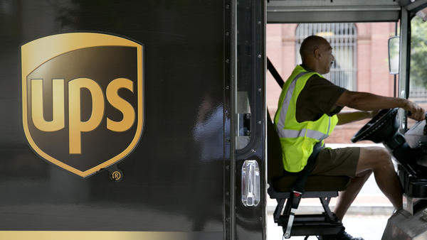 United Parcel Service Deliveries Ahead of Earnings Figures