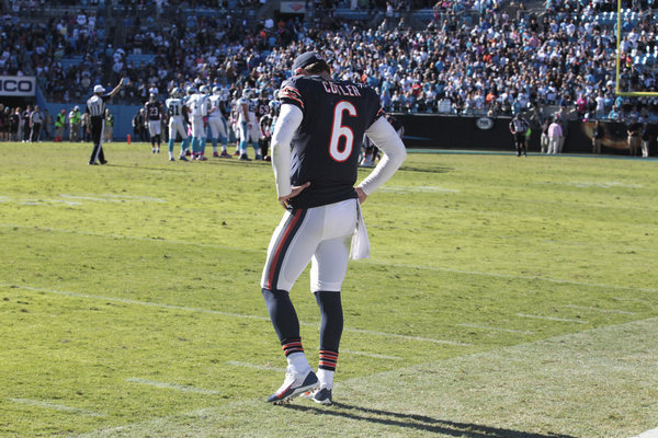 Benching Jay Cutler hardly solves Bears dilemma with 'uncoachable' QB