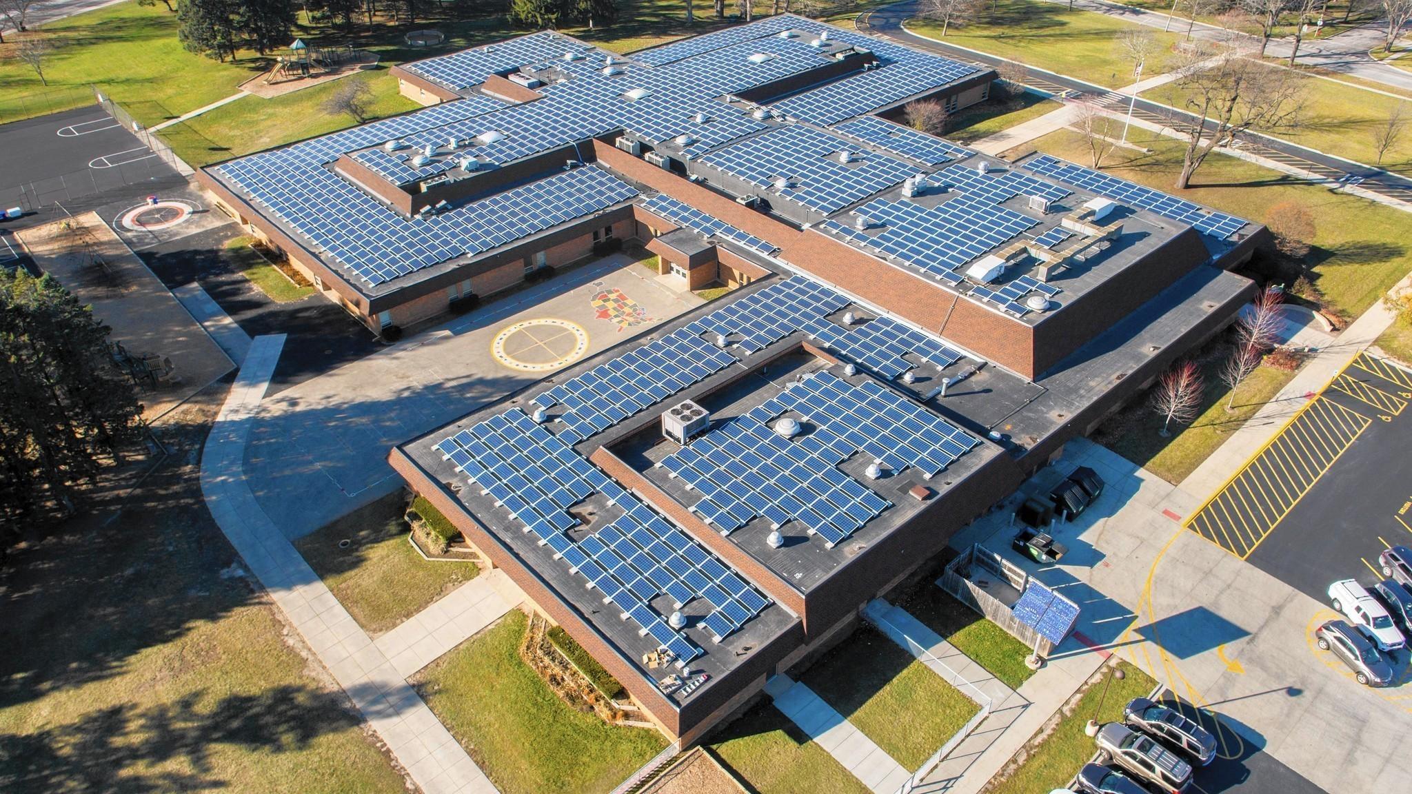 Libertyville Schools Solar Panels Help Teach Cut Costs