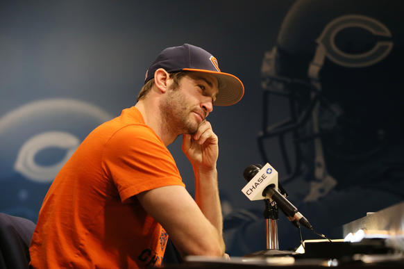 Bears quarterback Jay Cutler answers questions about being demoted.