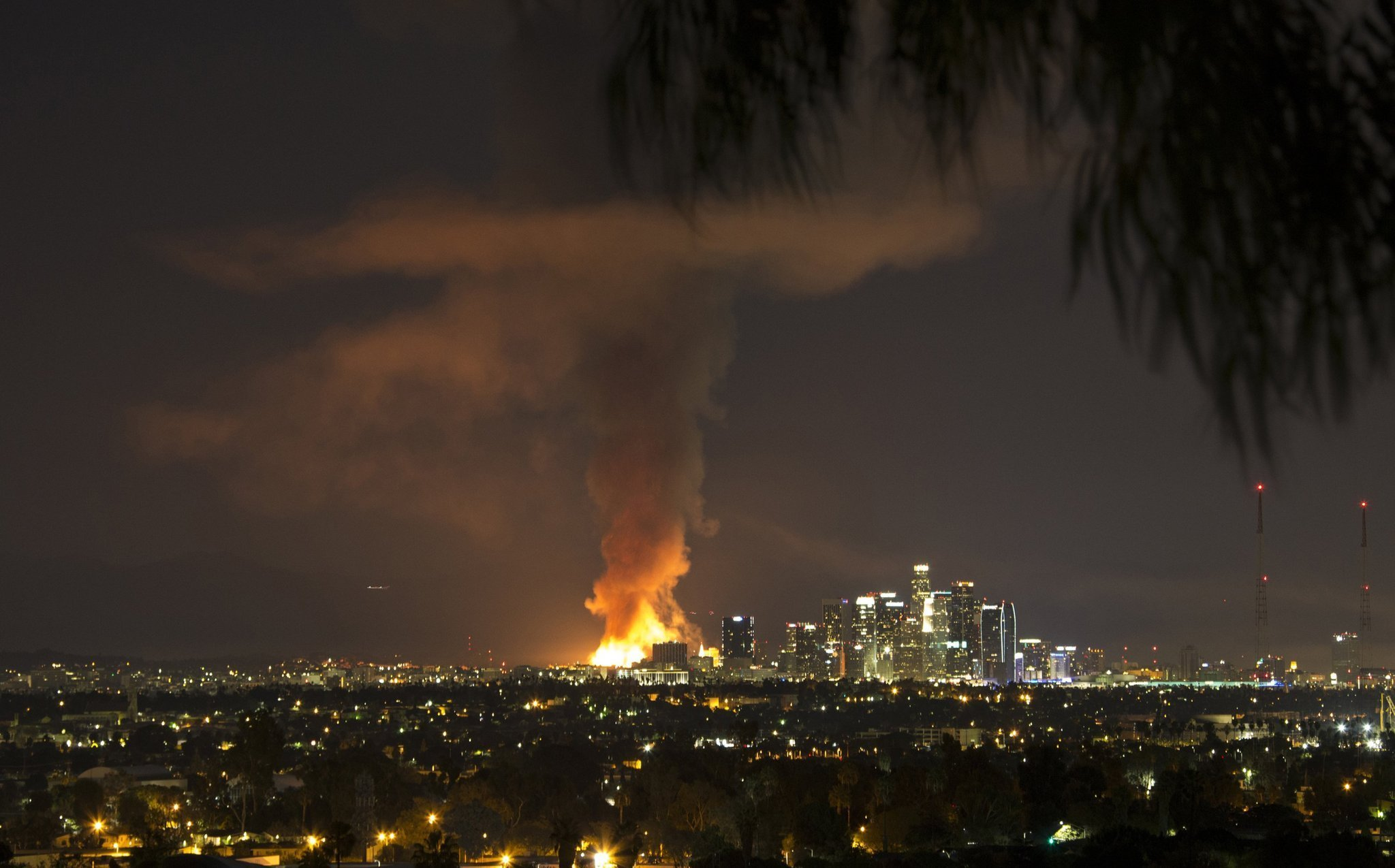 Massive da vinci fire in downtown l a was arson for In the city of la