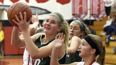 Wagner, Knights hold off Panthers