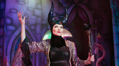 Theater Review: Playful panto at the Playhouse