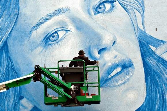 Weekend things to do in south florida hollywood mural for Downtown hollywood mural project
