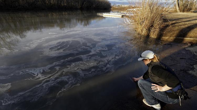 Feds announce first regulations for toxic coal ash