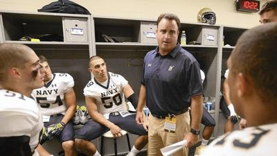 Assistant coach Steve Johns adds special touch for Mids