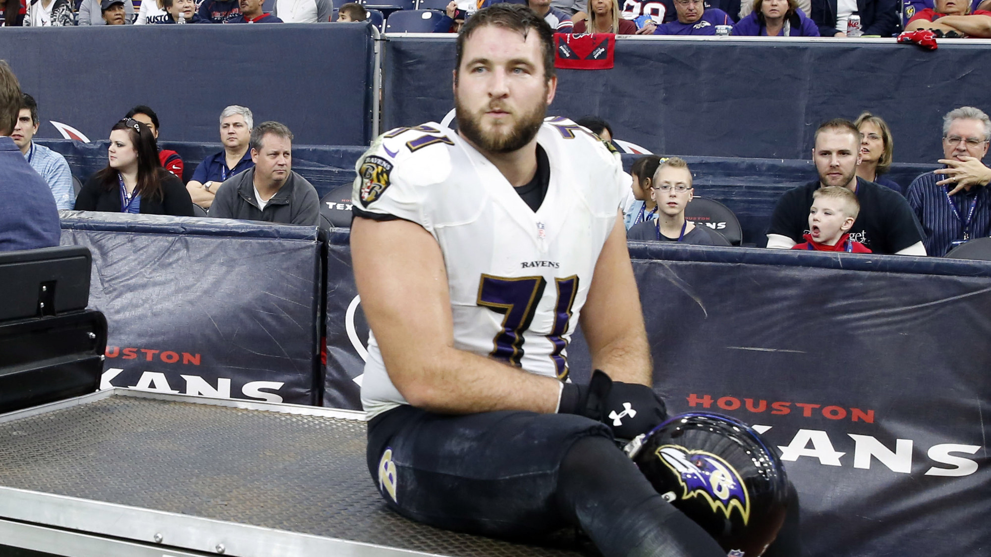 Ravens place offensive tackle Rick Wagner on injured reserve