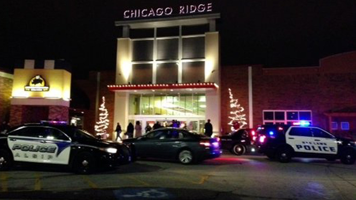 chicago ridge mall open sunday after overnight disturbance