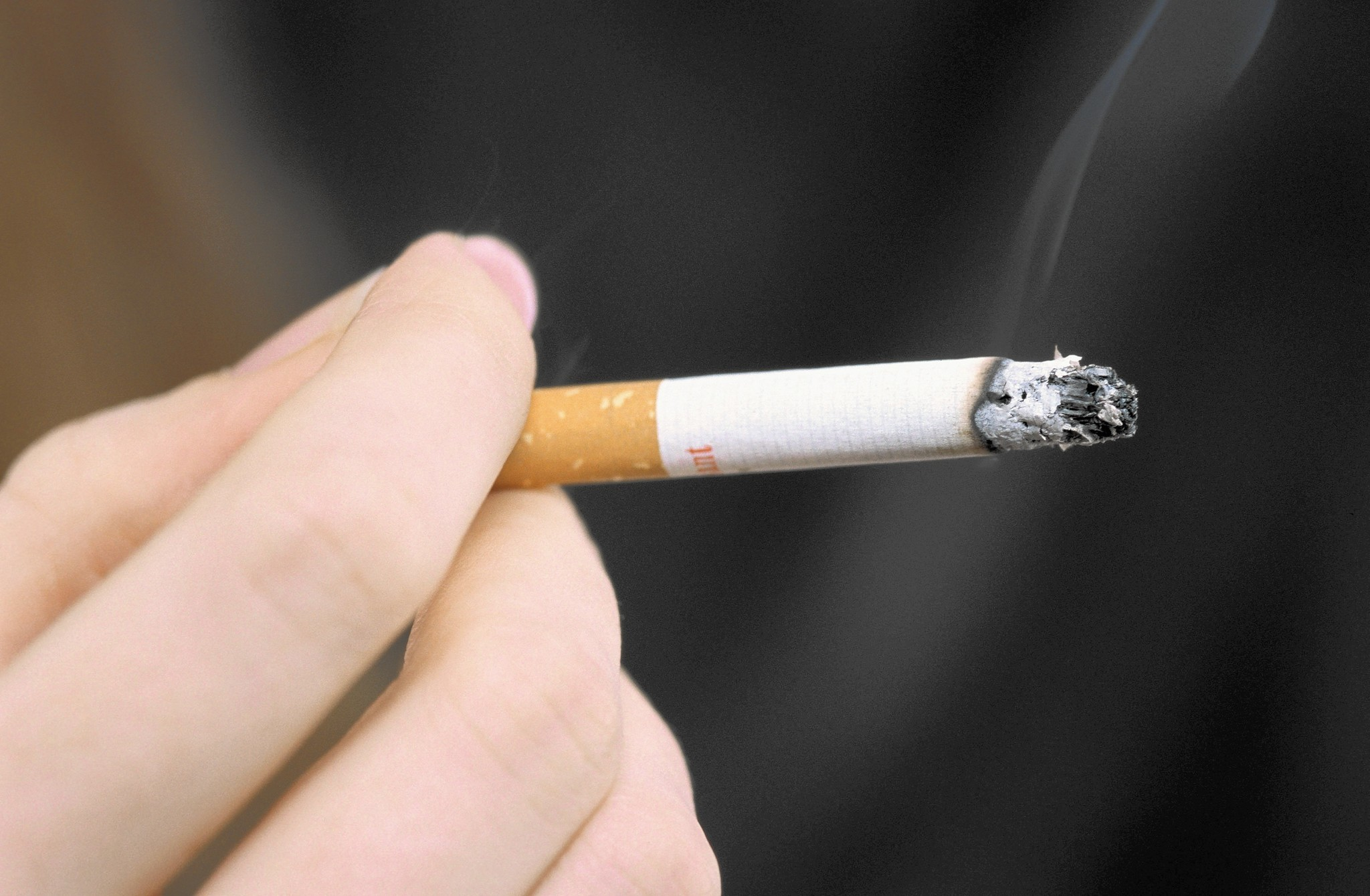 Cigarettes flame out as more Americans quit smoking