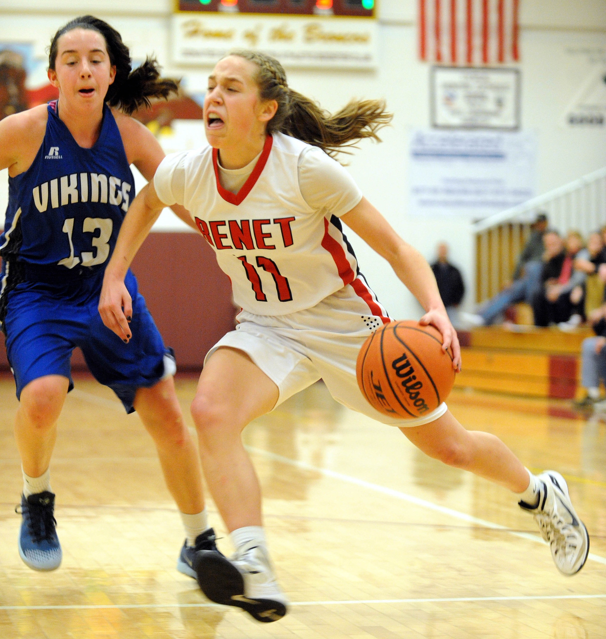 Girls Basketball Blog: Montini, Dundee-Crown Finals