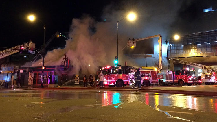 Two-alarm blaze in South Loop