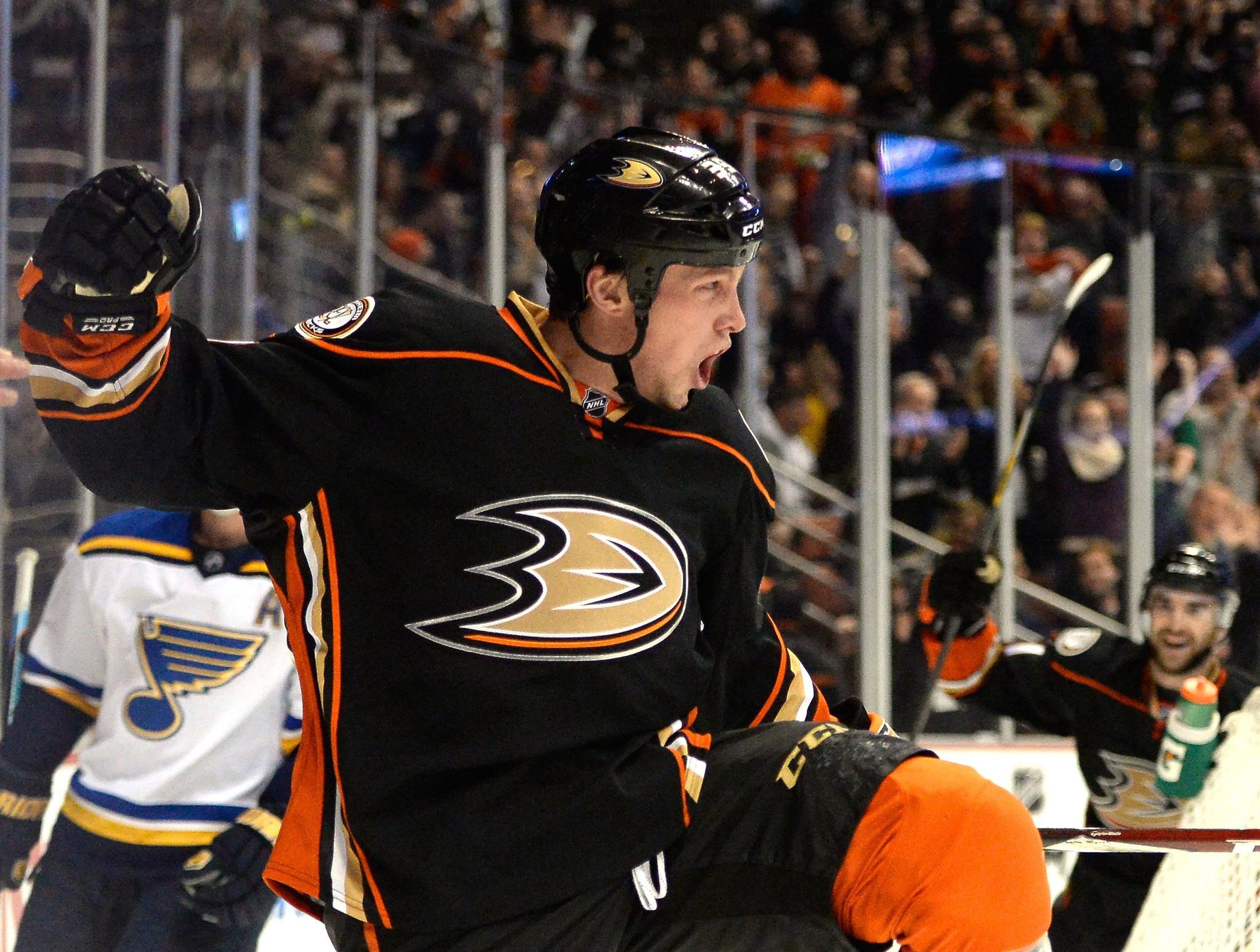 Matt Beleskey Focuses On Hockey, Lets Agent Worry About Ducks Talks