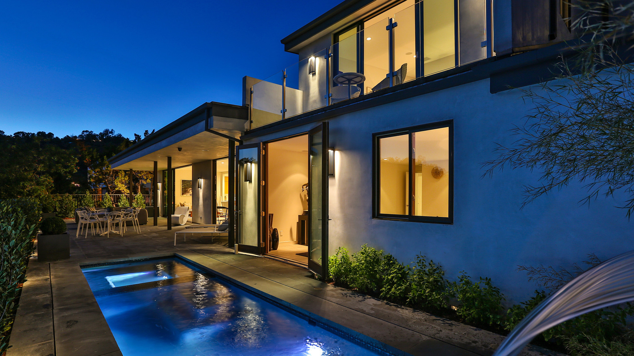 Home Of The Day Contemporary Reborn In Mount Olympus La