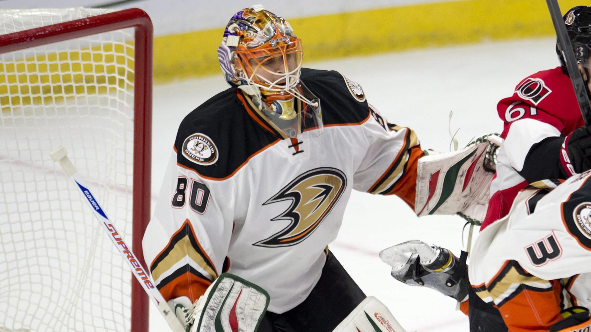 Better-conditioned Ilya Bryzgalov Returns To Ducks' Goal Tonight