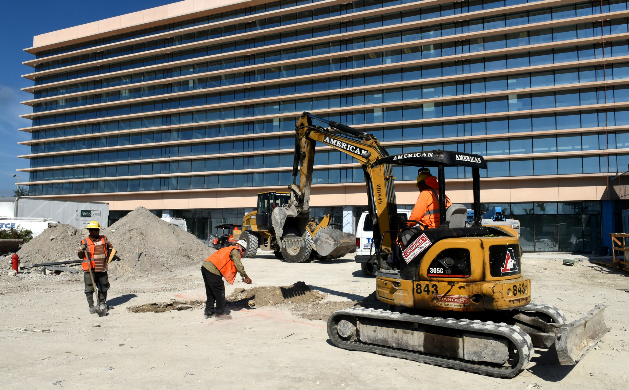 cleveland clinic finishing construction of 90m cancer neurology center sun sentinel