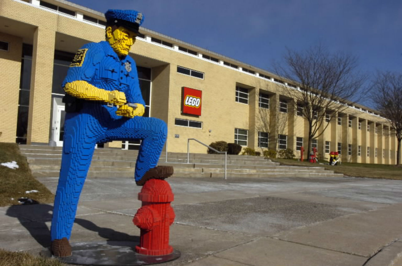 lego head office. LEGO North America President Emphasizes Corporate Responsibility - Hartford Courant Lego Head Office A