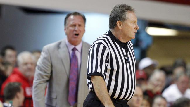 Karl May referee