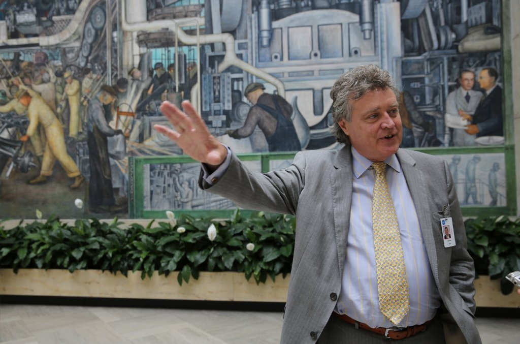Graham beal to retire after guiding detroit 39 s dia through for Diego rivera mural chicago