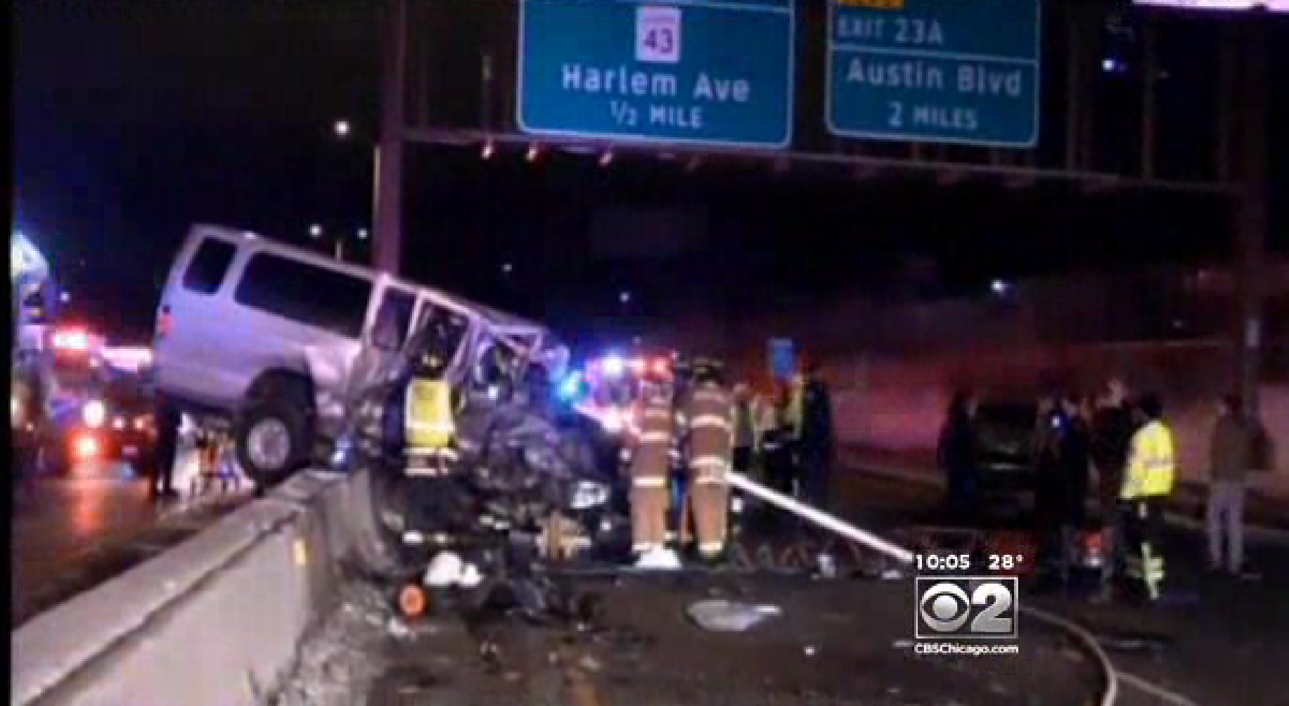 Wrong-way crash on I-290 kills 1 in Forest Park