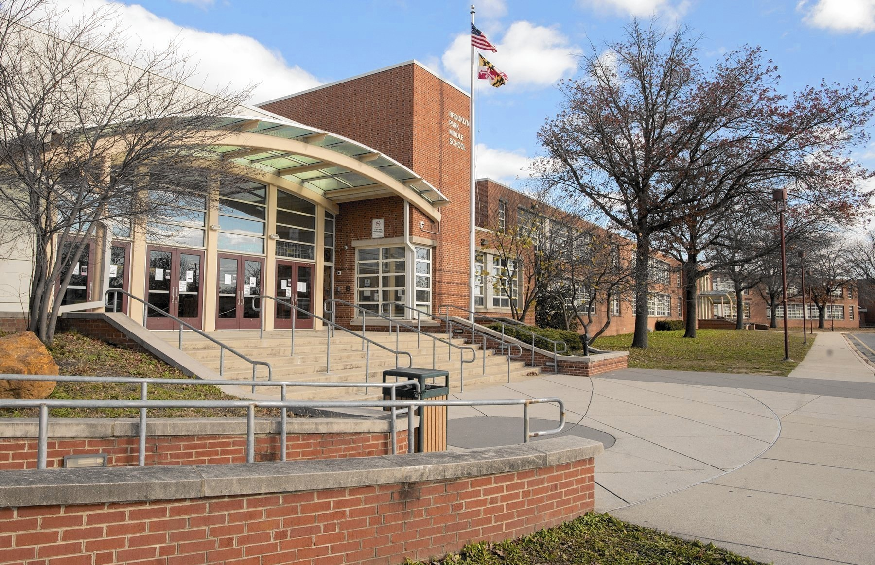 whittemore park middle school explores single gender classrooms
