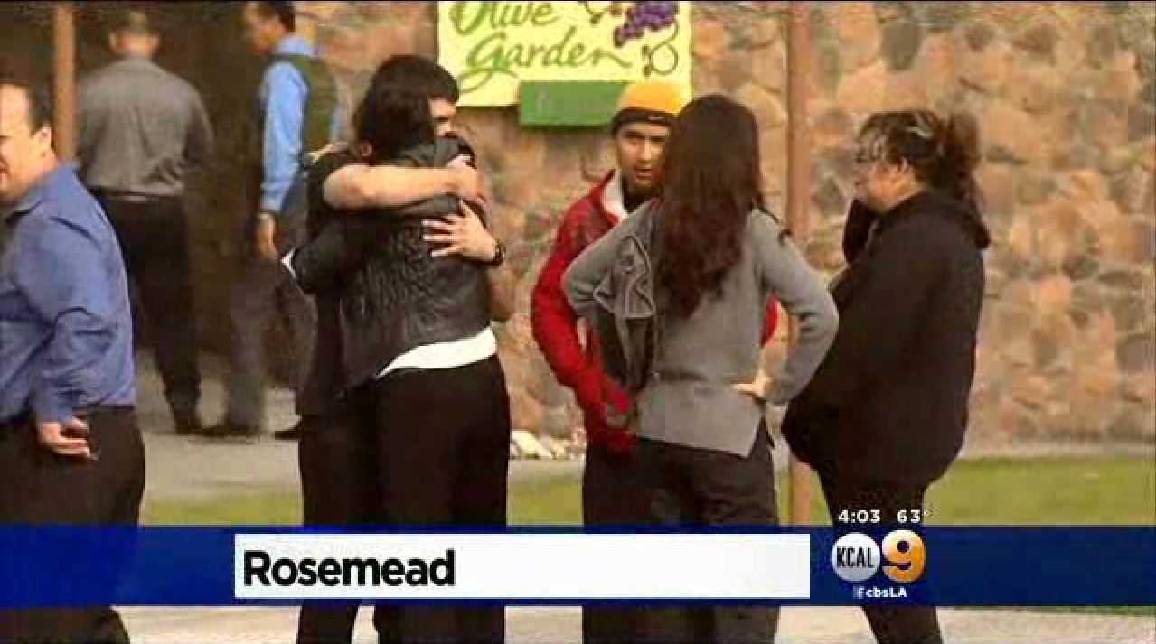 Olive Garden employees held at gunpoint during robbery - LA Times
