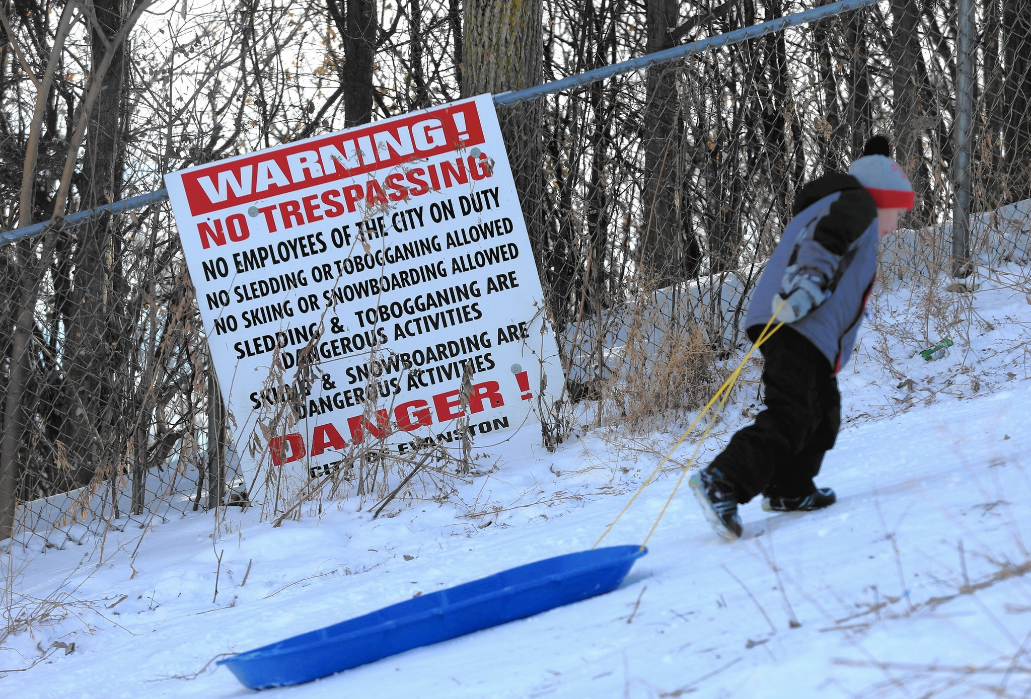 Chicago unlikely to follow trend to ban sledding