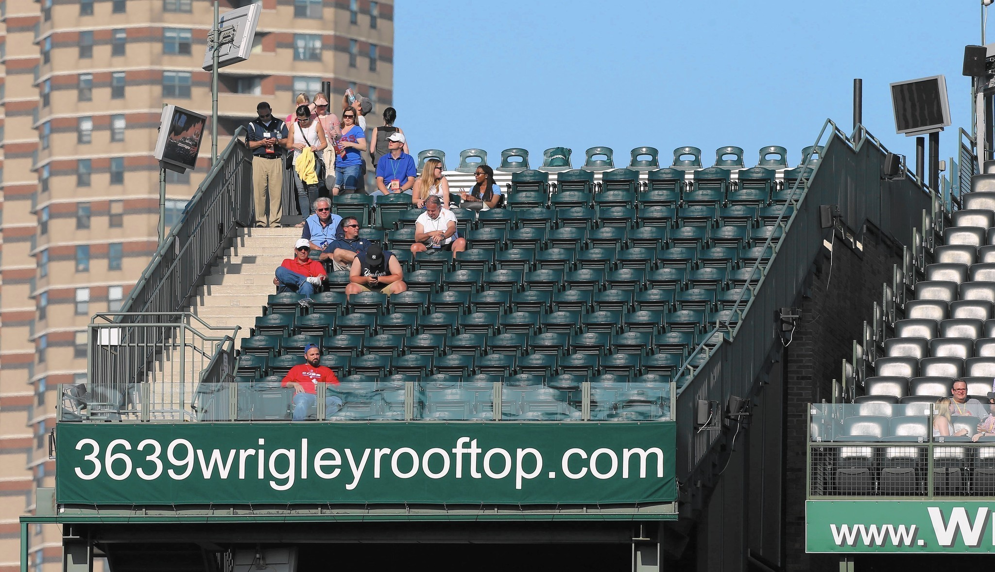 Wrigley rooftop owners go to court to block signs' installation ...