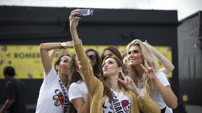 Silly Miss Universe selfies