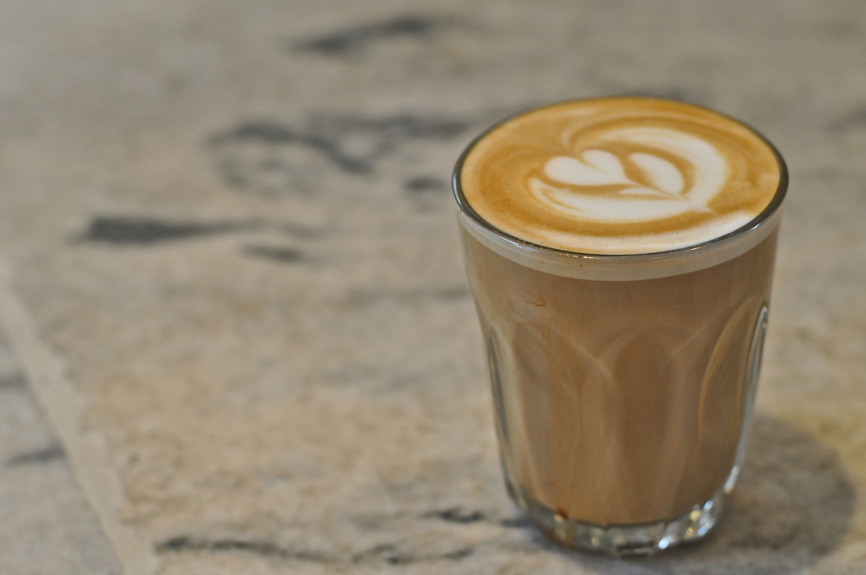 http://www.latimes.com/food/dailydish/la-dd-drinking-coffee-linked-to-lower-melanoma-risk-20150121-story.html