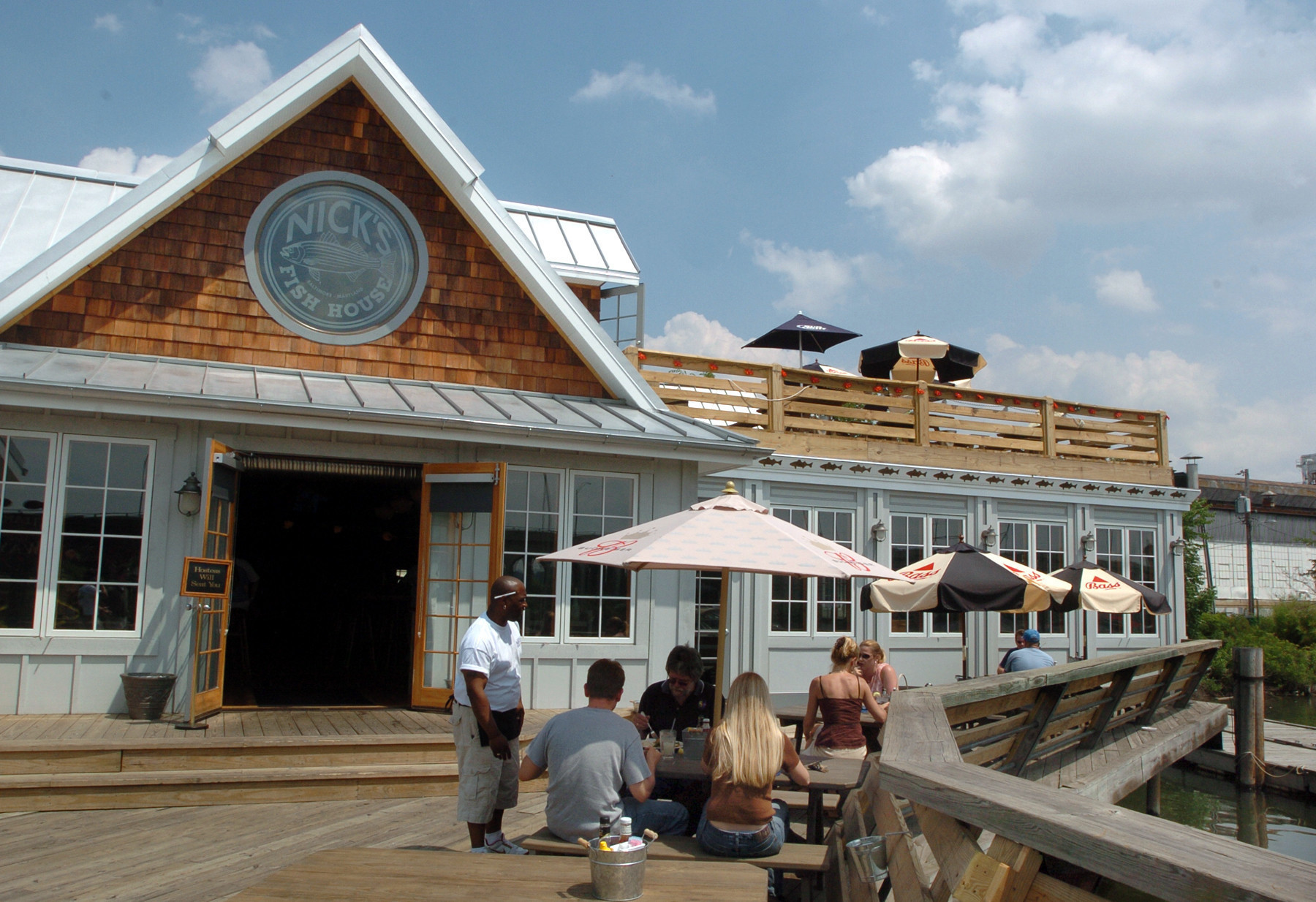 nick 39 s fish house under new management baltimore sun