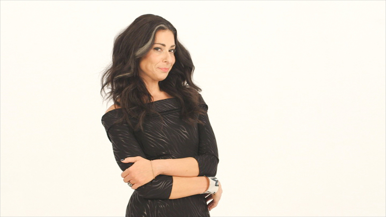 Fashion Expert Stacy London Returns In The New Series Love Lust Or Run On Tlc La Times