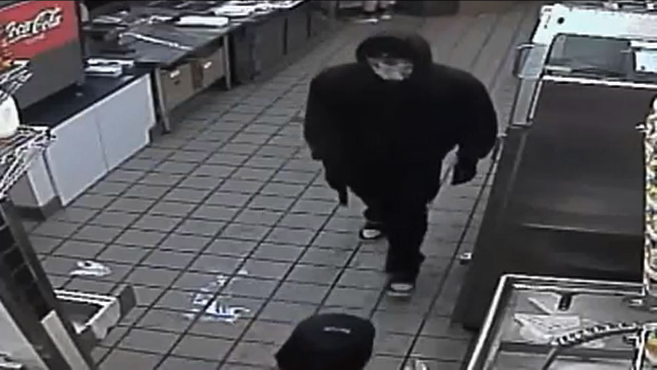 Surveillance Video  >> Surveillance Video Masked Jimmy John S Robber Orlando Sentinel
