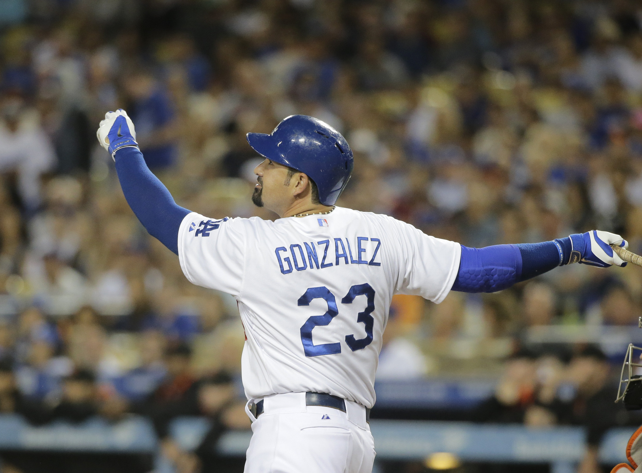 Dodgers' Adrian Gonzalez likes the changes made in off-season