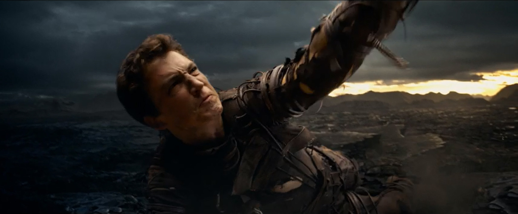 'Fantastic Four' trailer glimpses younger, darker superhero revamp