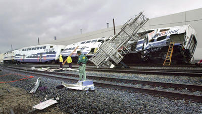 Officials look back at deadly 2005 train crash