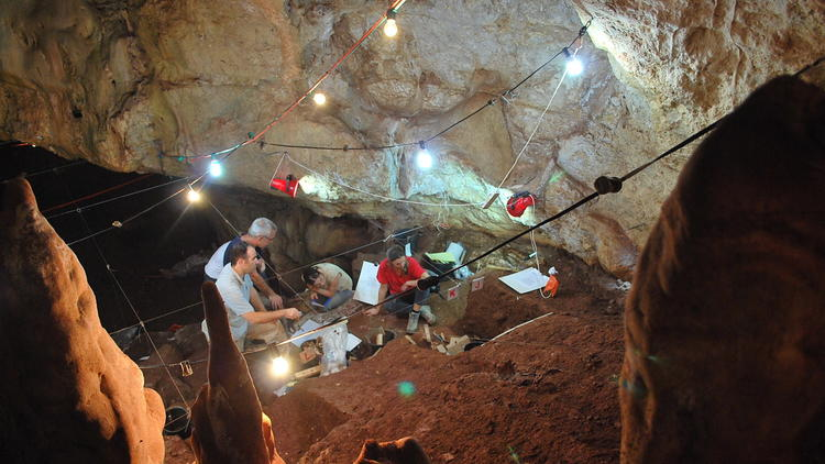 Manot Cave