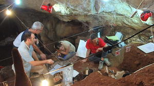Manot Cave skull suggests link between Neanderthals and modern humans