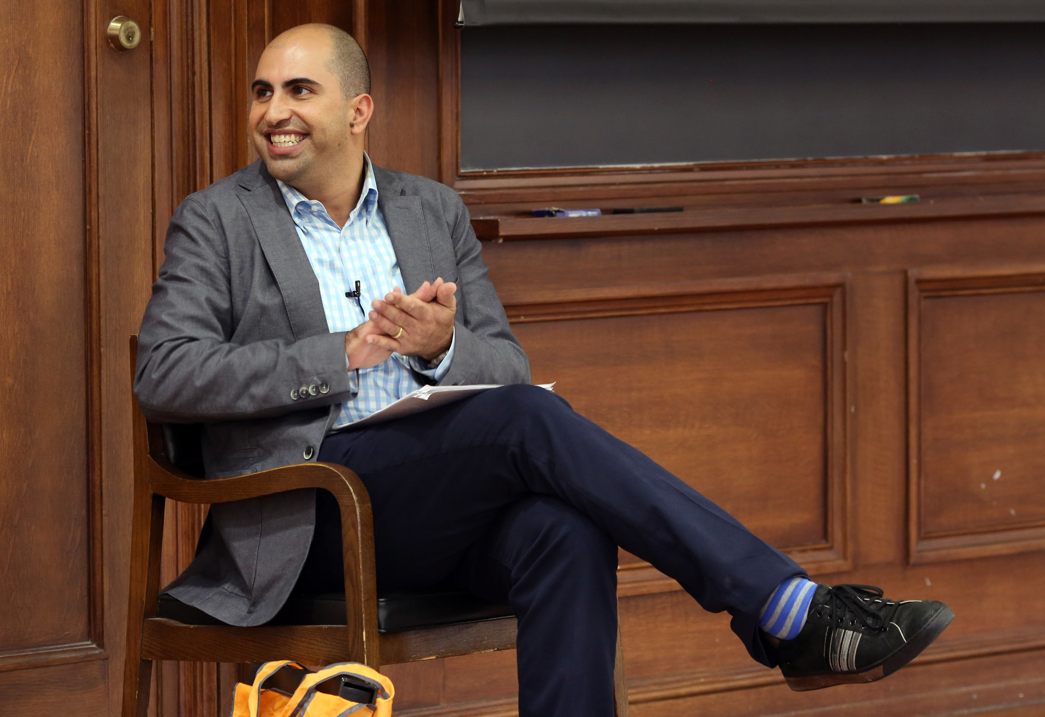 steven salaita sues u of i over lost job chicago tribune