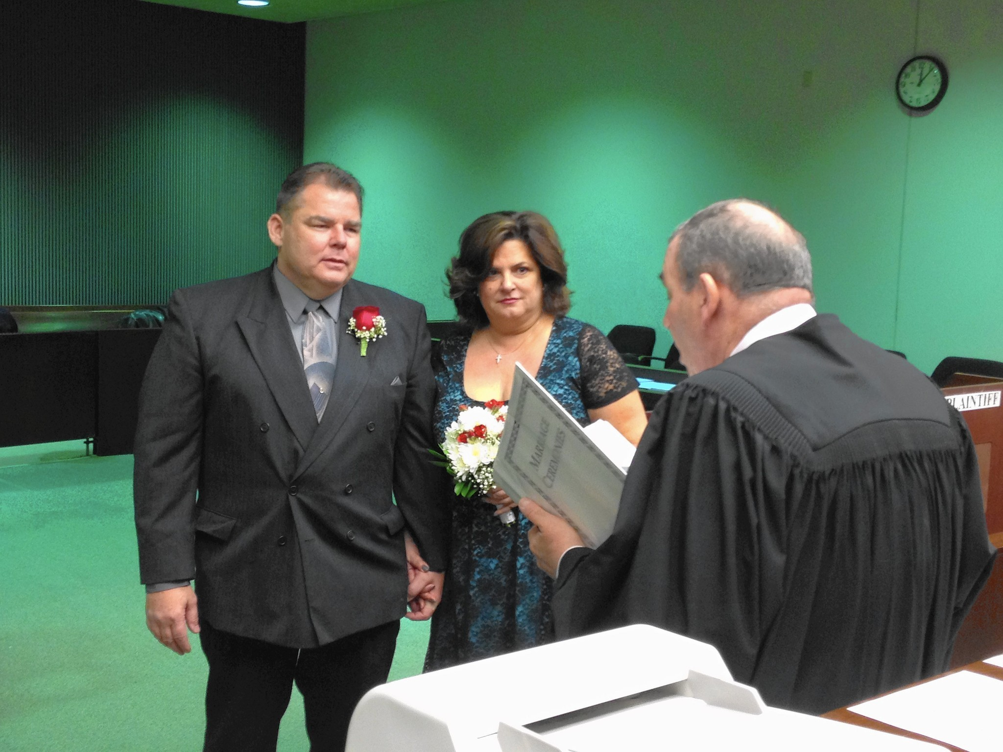 Attractive Arlington Heights Couple Marries After 22 Years, Cancer   Chicago Tribune