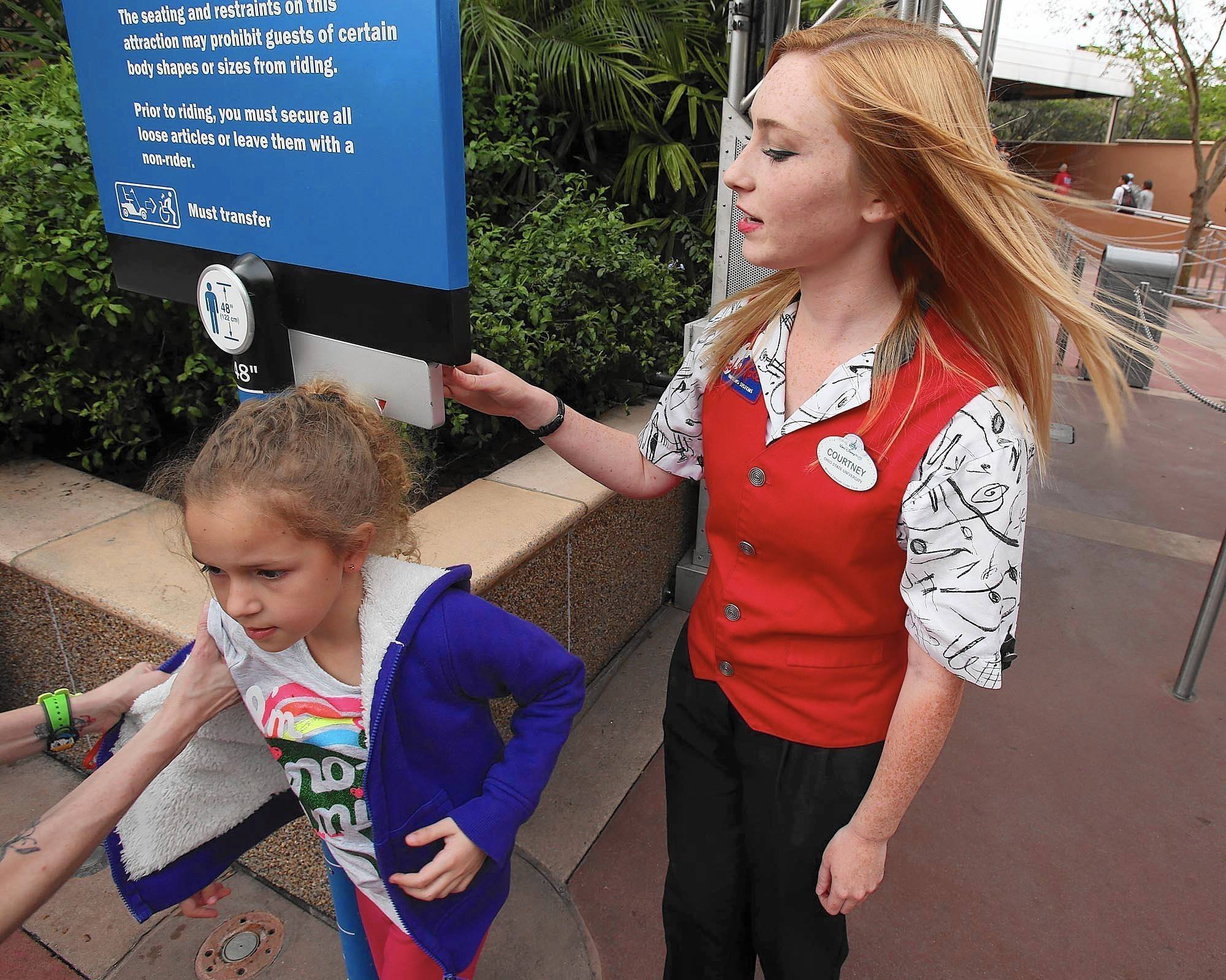 disney college program involves thousands of paid internships disney college program involves thousands of paid internships orlando sentinel