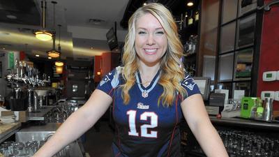 Patriots fans seek 'super' win to silence detractors