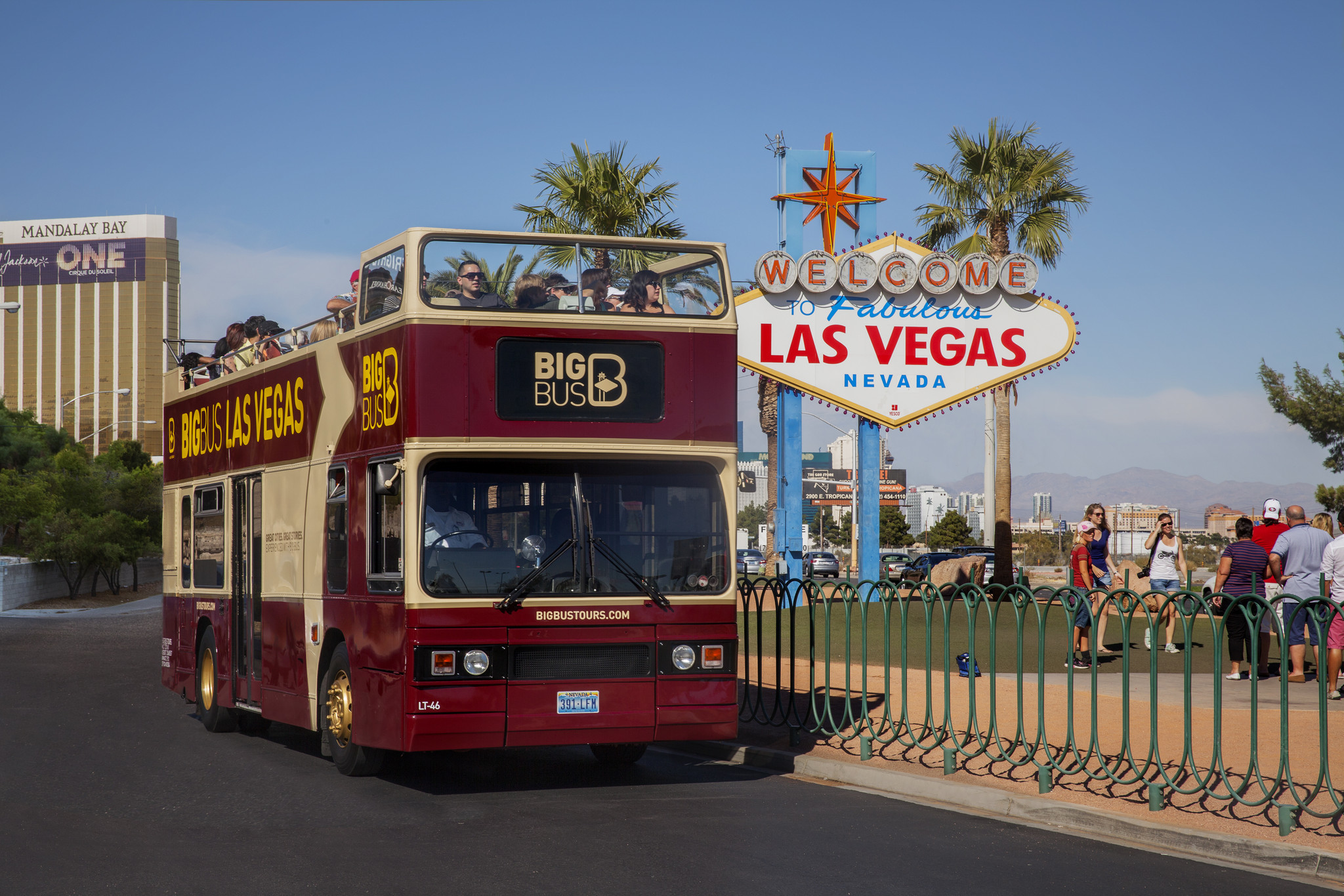 Las vegas attractions at a discount la times for La motors las vegas