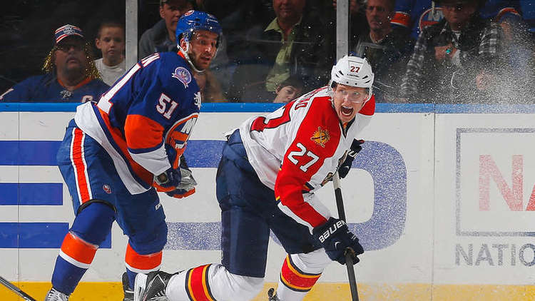 Panthers Salvage Trip With Win Over Isles