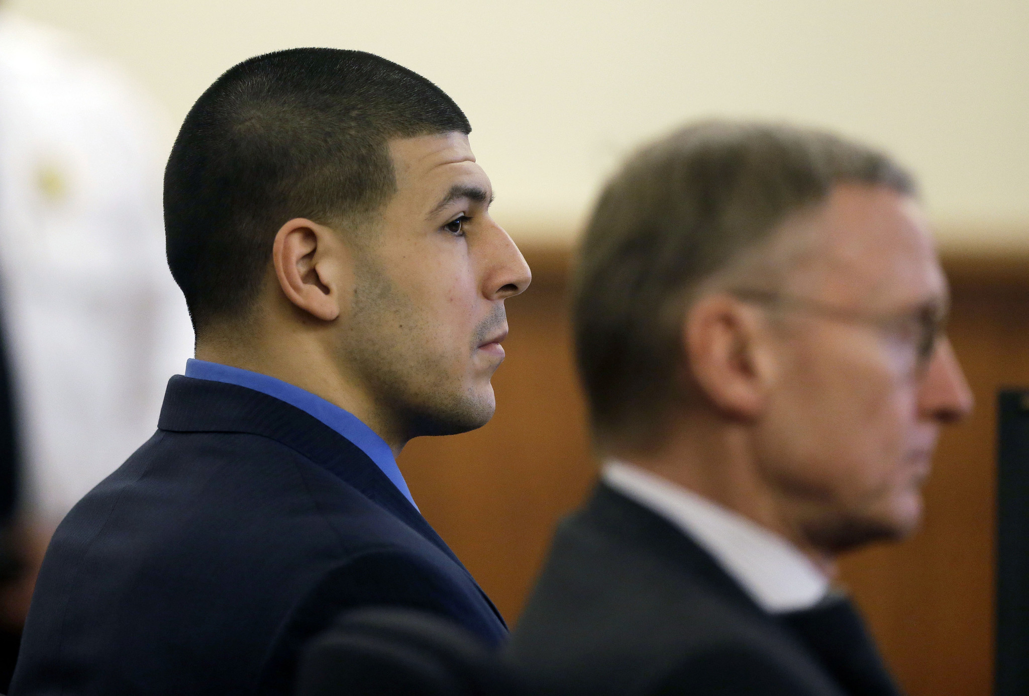 aaron hernandez murder trial Jury acquitted aaron hernandez of murder charges friday share via e-mail a jury on friday cleared aaron hernandez of committing a double murder in 2012 he has a prosthetic right eye and wore glasses during the trial, and occasionally glanced at hernandez and shook his head.