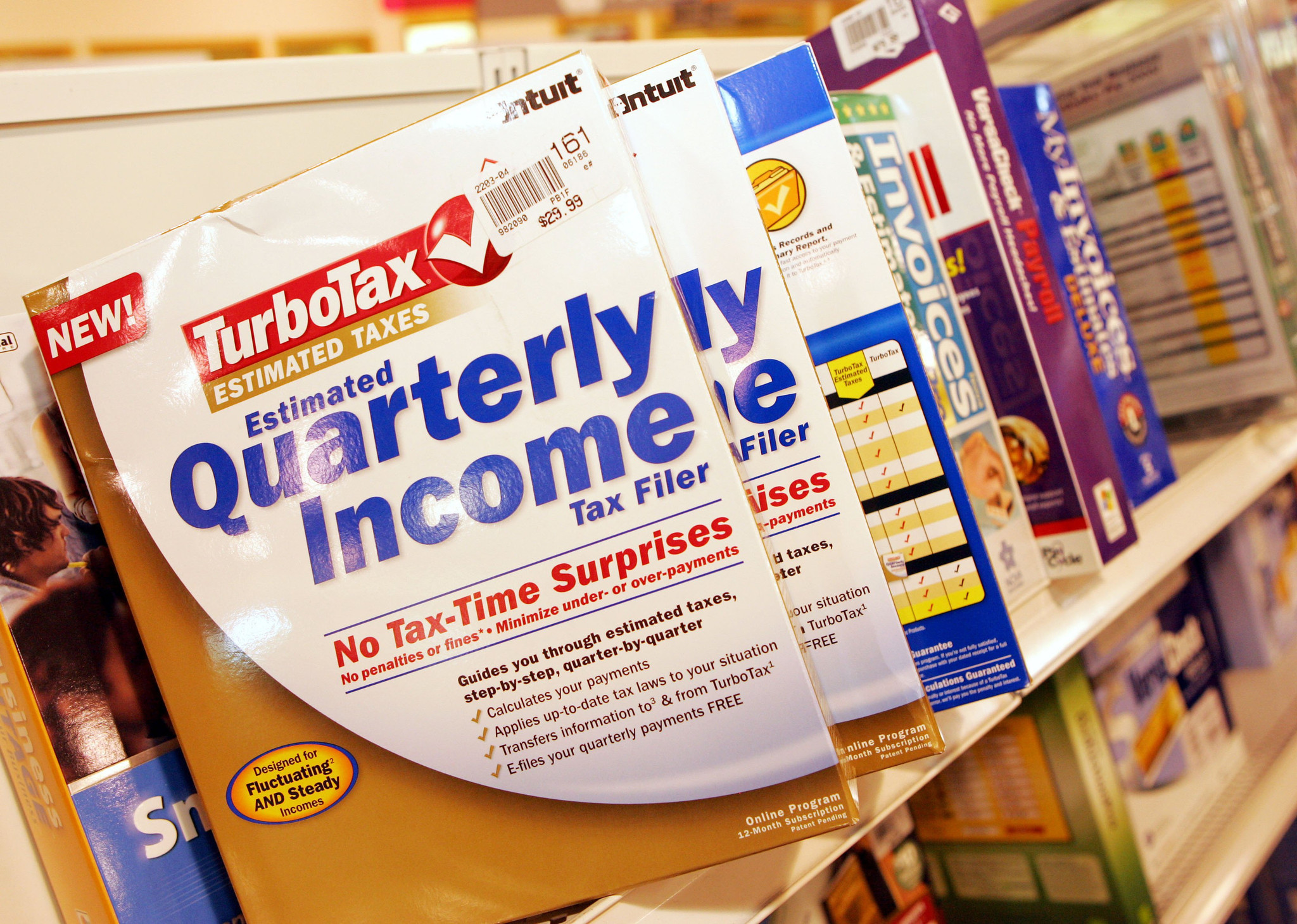 TurboTax maker offers $25 rebate, says 'We messed up'